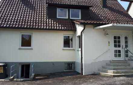 Haus mit großem Garten Erstbezug nach Sanierung, Garage mit Arbeitsgrube und Nebenraum