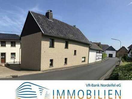 Einfamilienhaus als Feriendomizil im Eifel-Höhenort Hecken