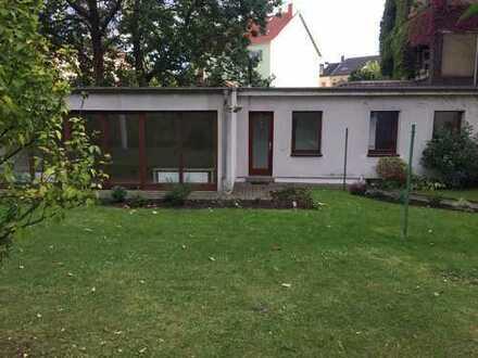 Liebhaber Garten-Bungalow - mit privater Terrasse und Gartennutzung