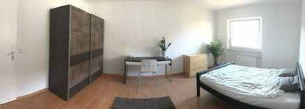 Wunderschönes Zimmer in 4er Wohngemeinschaft in toller Lage in Durlach