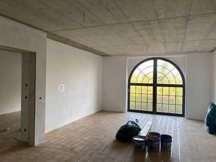 * Erstbezug * modern und exklusiv ausgestattete Wohnung mit Loftcharakter *