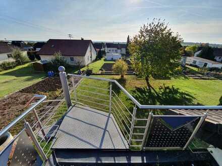 Attraktive 3-Zimmer-Dachgeschosswohnung mit Balkon und EBK in Gerstetten-Dettingen