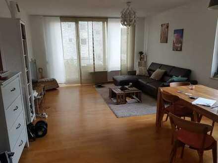 Geräumige 2-Zimmer-Wohnung mit Balkon in Köln-Lindenthal zur Zwischenmiete
