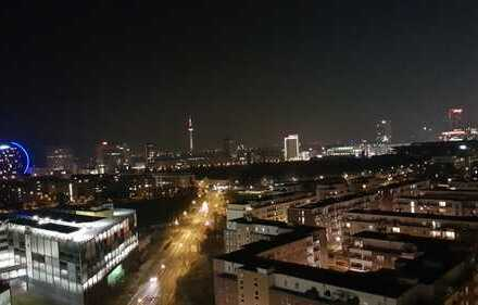 Möblierte Exklusives Apartment mit Balkon, EBK und Stellplatz im Europaviertel. Voll ausgestattet!