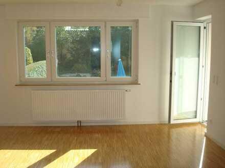 3-Zimmer-EG-Wohnung mit Balkon und Terrasse, zzgl. Hobbyraum/Homeoffice