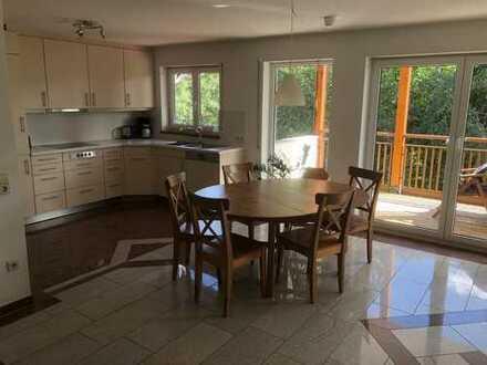 Schöne, möblierte 3-Zimmer-Whg mit Balkon & Einbauküche in Hüfingen (OT) für 4-6 Monate zu vermieten