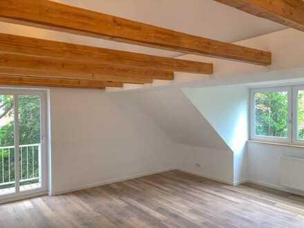 Erstbezug: exklusive 2-Zimmer-DG-Wohnung mit Balkon am Hahnreibach