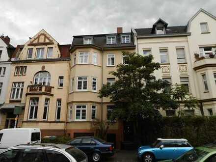 Gepflegte Altbauwohnung mit Stil in Poppeldorf