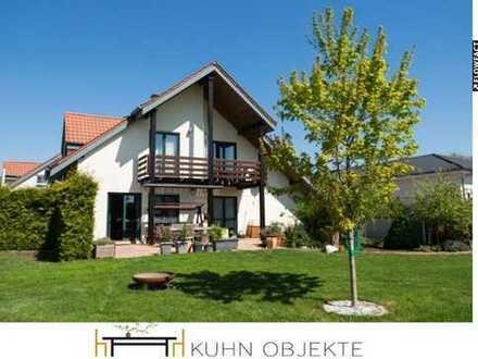 Schönes, hochwertiges Einfamilienhaus mit großem Garten