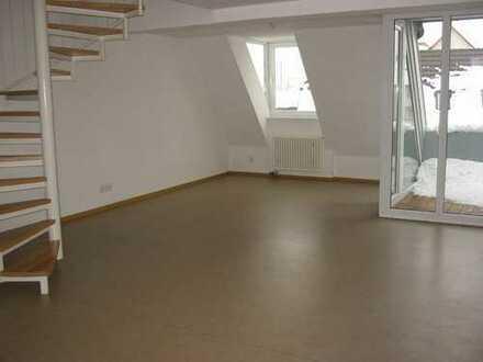 Günstige, gepflegte 4-Zimmer-Wohnung mit Balkon und EBK in Meßstetten