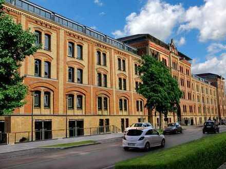 Büro/Verkaufs- und Ladenfläche mit 66,20 m² in Augsburg