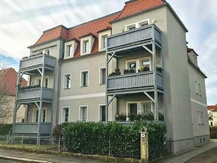 Wohnung mit Balkon und Stellplatz in grüner Wohnlage zur Eigennutzung