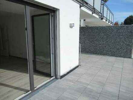 Ch.Schülke Immob.: Erstbezug ,TOP 2-Zimmer-EG-Wohnung mit Terrasse u. Garten