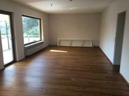 Ruhige, helle 3-Zimmer-Wohnung mit Balkon