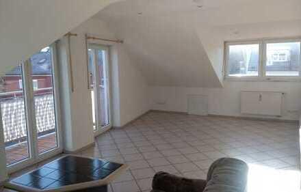 Schöne, geräumige zwei Zimmer Wohnung in München, Obermenzing