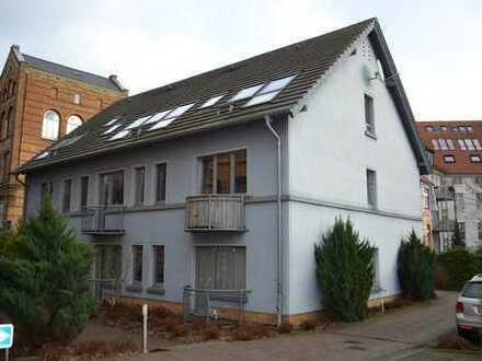 Dachgeschosswohnung mit EBK