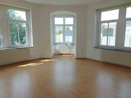 Schöne, helle 3-Raumwohnung in zentraler Wohnlage