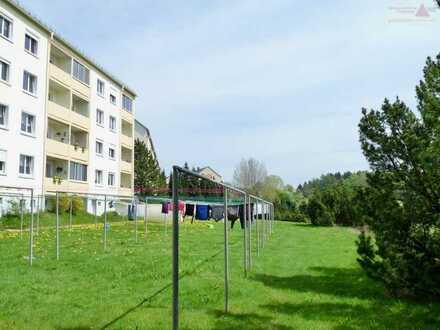 3-Raum-Wohnung mit Balkon und Stellplatz in Sayda – Fernblick ins Erzgebirge!