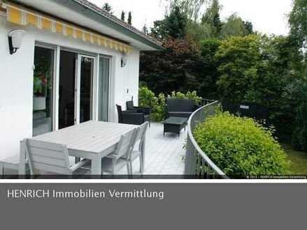Gemütliches EFH mit 2 Terrassen und großem Garten in bester Wohnlage am Kapellenberg