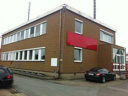 Großzügige Büroflächen in verkehrsgünstiger Lage von Leopoldshöhe! (Schackenburger Str.)