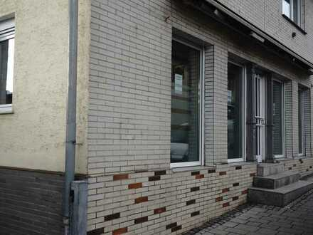 Büro, Ladenlokal, Laden mit Wohnung in Denkendorf