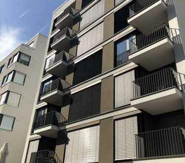 Penthouse Wohnung Toll geschnitten / Toller Blick aus 5 Zimmer Wohnung