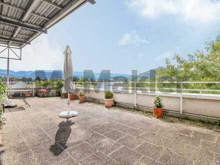Mehr Licht geht nicht: Sonnendurchflutete 3-Zi.-ETW mit riesiger Dachterrasse in Gartenstadt
