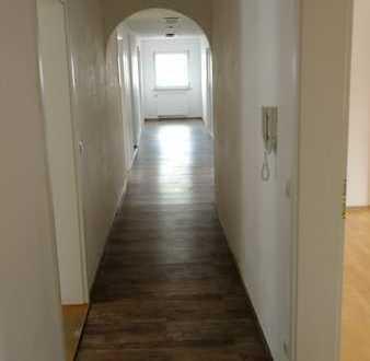 Günstige, gepflegte 6-Zimmer-Wohnung in Baden-Württemberg - Walldürn