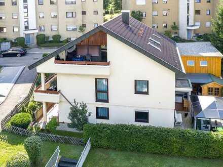 Böblingen: Liebevoll renoviertes Zweifamilienhaus mit Einliegerwohnung