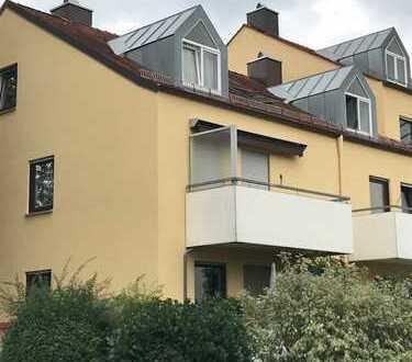 helle und geräumige 3 Zimmer - Dachgeschosswohnung