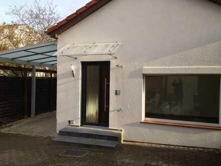 Schönes, geräumiges Haus mit drei Zimmern in Berlin, Kaulsdorf (Hellersdorf)