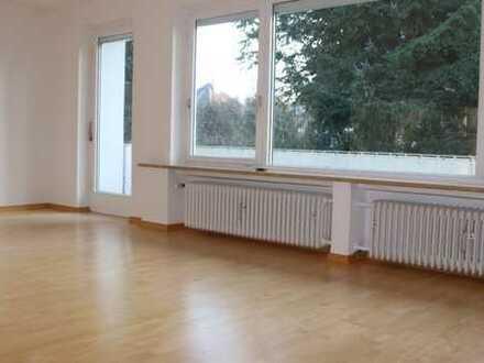 Schöne, ruhige, sonnige drei Zimmer Wohnung, 1.Stock, Pullach im Isartal, Kreis München