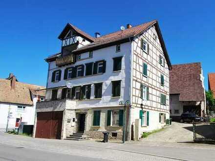 3 Altbauwohnungen und eine Scheune in Rottenburg-Baisingen