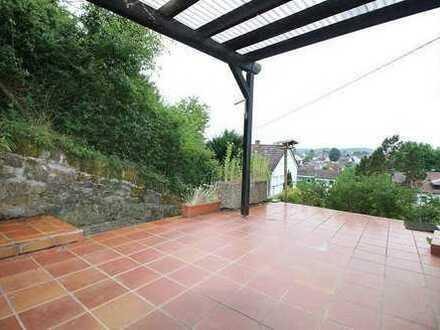 Schönes, gepflegtes Einfamilienhaus mit großer Terrasse und verschiedenen Nutzungsoptionen