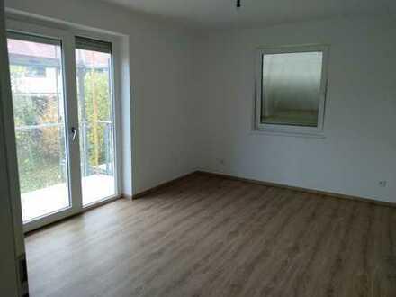frisch renovierte 4- Zimmer Wohnung in ruhiger Lage
