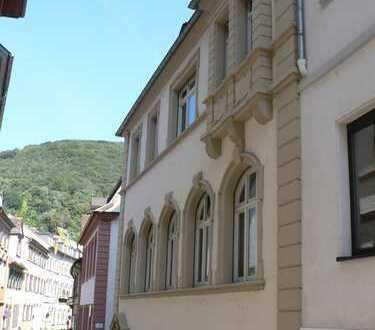 2-4 Büroräume in einer repräsentativen Etage in der Heidelberger Altstadt zu vermieten