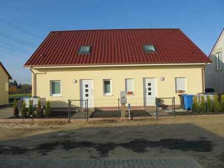 Schöne Doppelhaushälfte mit vier Zimmern in Barnim (Kreis ) Panketal