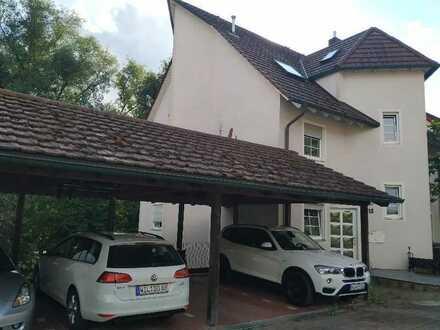 Gemütliche 2,5-Zi.-Maisonettewohnung in Versbach