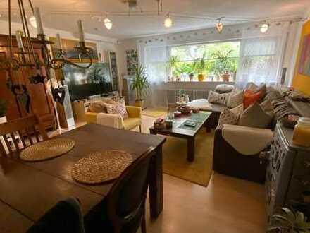 Ruhige, naturnahe, geräumige Zweizimmerwohnung mit Stellplatz und Kellerabteil - 400m zu ÖPNV