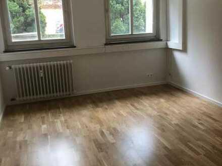 Sanierte 4-Zimmer-Wohnung in Top Lage
