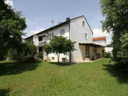 2-Familienhaus mit Einliegerwohnung, tolle Wohnlage westl. vom Zentrum Markt Kösching