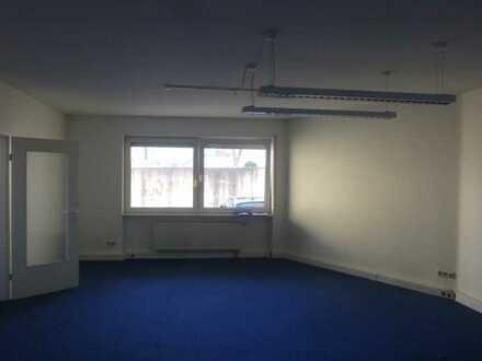 ***Traitteur***Schwetzingen - Schönes helles Büro zu vermieten...Bestlage im Zentrum...