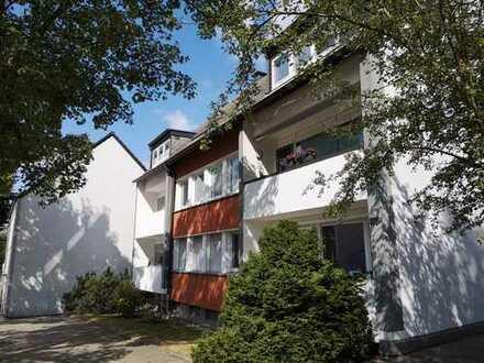 3 Zimmerwohnung, in verkehrsgünstiger Lage und schöner, grüner Umgebung