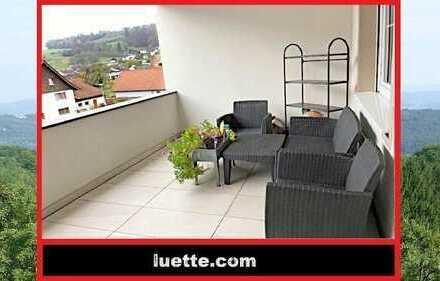 RESERVIERT - barrierefreie 2-Zimmer-Whg, Aufzugsanlage, EBK, Balkon, Fußbodenheizung