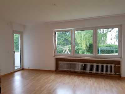 Gepflegte Wohnung mit drei Zimmern und Balkon in Aachen
