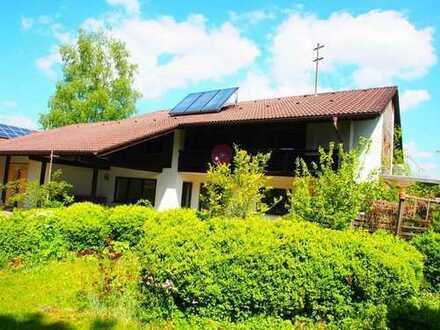 Ein- bis Zwei-Familienwohnhaus mit 1.400 m² uneinsehbarem Gartengrundstück in TS-Kammer