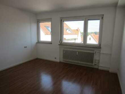 Helle, moderne 3-Zi. Wohnung in zentraler Lage in Degerloch