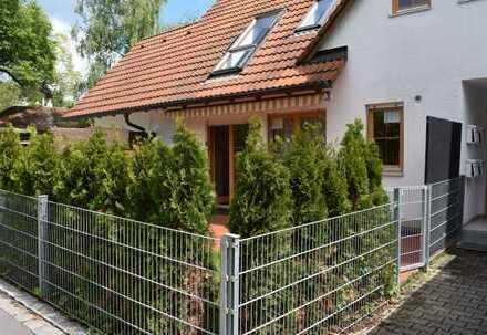 Toplage Schondorf a. Ammersee! Erdgeschoss-Maisonettewohnung m. Garten und Terrasse.