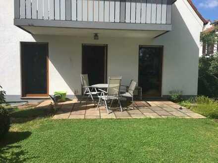 Helle, freie Traumwohnung mit idyllischem Gartenanteil in Augsburg-Bergheim
