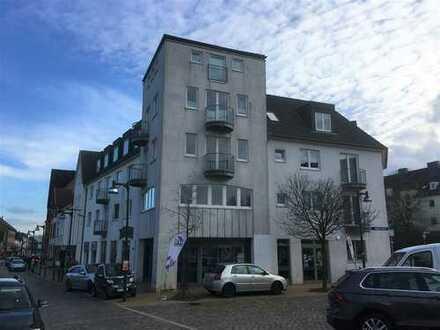 Helle, großzügige 2-Zimmer-Whg. mit Aufzug in Strandnähe // Friedrichsorter Straße, Kiel